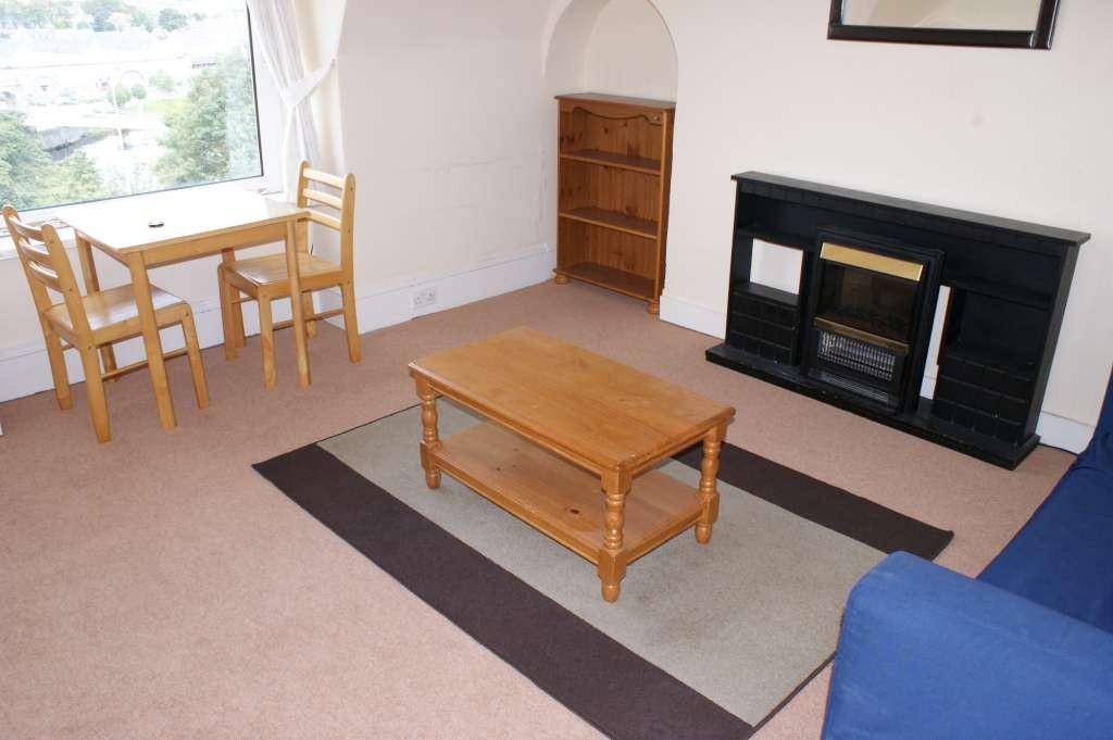 1 Bedroom Menzies Road 1 Bedroom Flat To Rent In